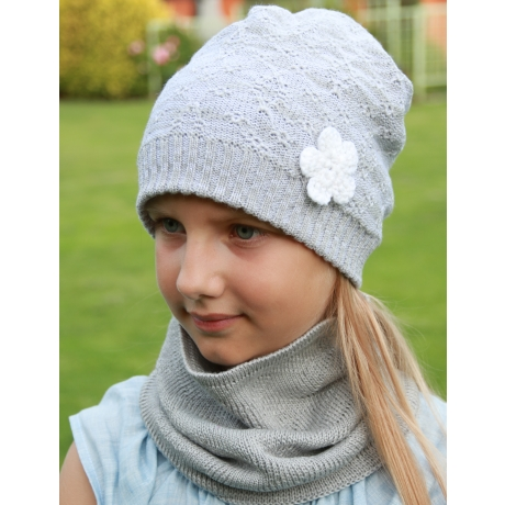 Gray Hat With Flower, 100% Merino Wool