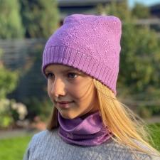 Violetne müts ehtsate Swarovski kristallidega, 100% meriinovill