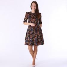 Tumesinine luksuslik kleit, voltidega