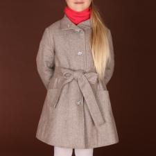 Elegantne kaamelikarva mantel